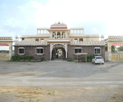 Menal Waterfall Resort,Chittorgarh