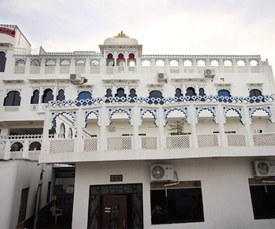 Hotel Palak Palace, none,