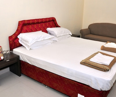 Hotel Friend's Residency,Jamnagar