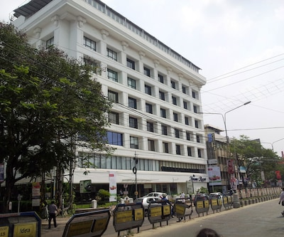 The Avenue Regent,Cochin