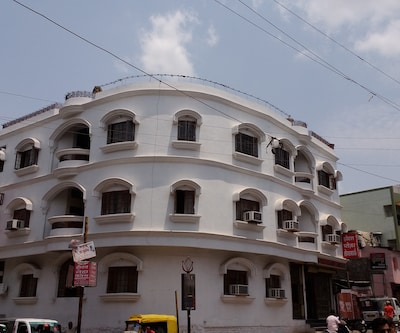 Hotel Pleasure Landmark,Ujjain