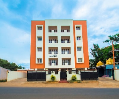 ThulasiRams Serviced Apartment,Coimbatore