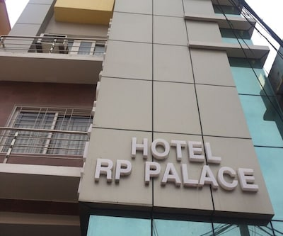 Hotel R.P Palace, none,