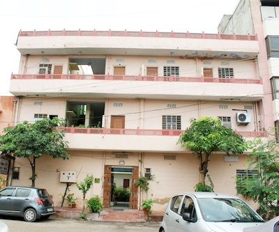 Pink City Guest House,Jaipur