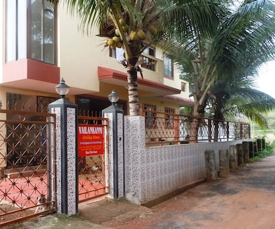 Vailankkani Guest House, Calangute,