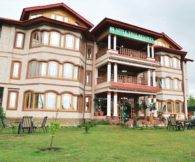 Apple Tree Resort,Gulmarg