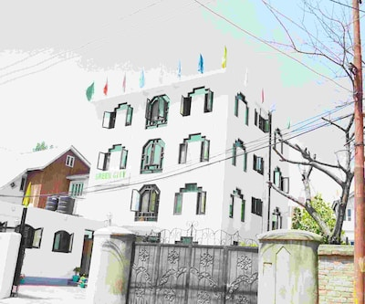 Hotel Green City,Srinagar