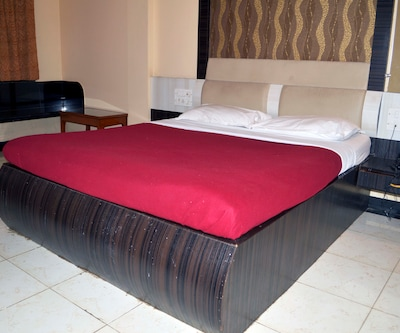 Saibaba International Hotel,Shirdi