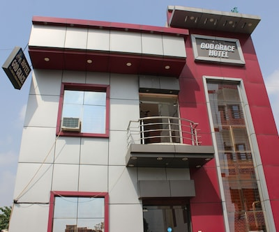 Hotel God Grace,Haridwar