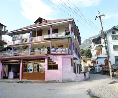 Hotel Everest,Manali