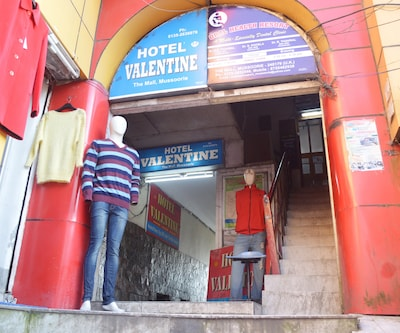 Hotel Valentine, Mall Road,