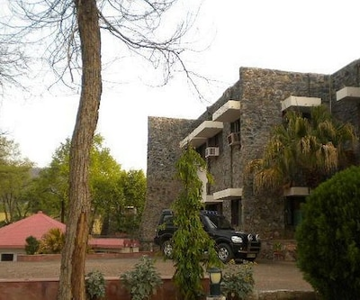Tiger Den Hotel,Alwar