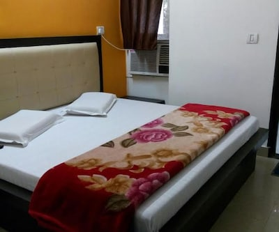 Hotel S. D. International,Agra