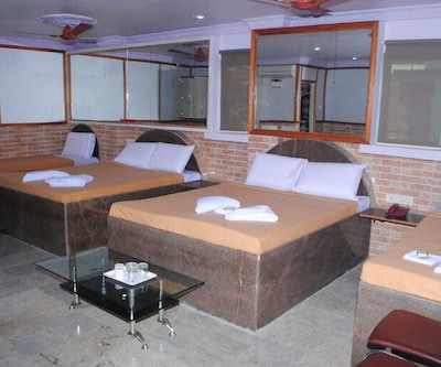 Hotel London,Port Blair