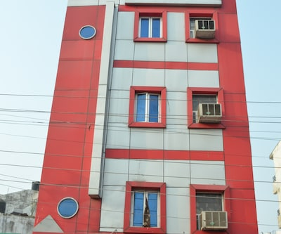 Hotel Just9 Inn,Lucknow