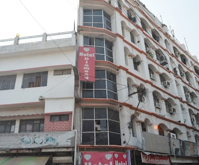 Hotel Diamond,Lucknow