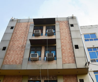 Hotel Geet Palace,Lucknow
