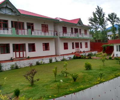 Hotel Bagora Heights,Palampur
