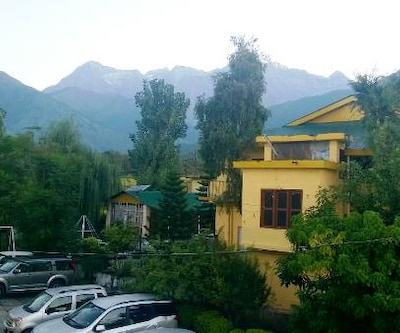 Pops Hotel and Restaurant,Palampur