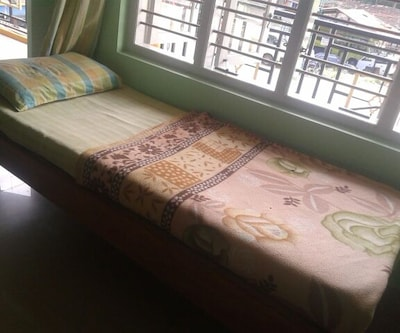 Giridarshini Room Stay,Mysore