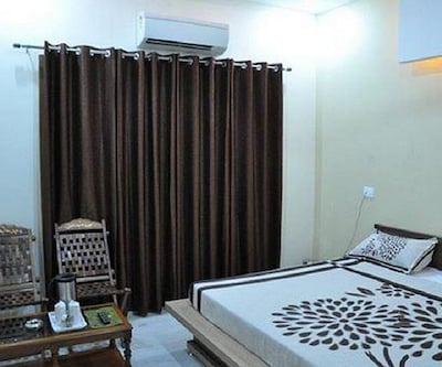 Ankit Guest house,Ludhiana