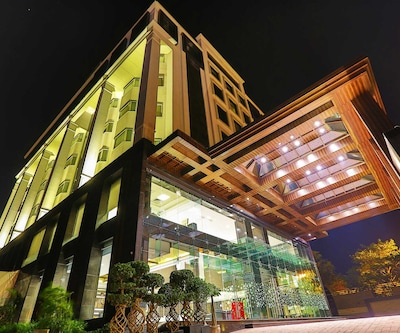 Hotel Ranjees,Lucknow