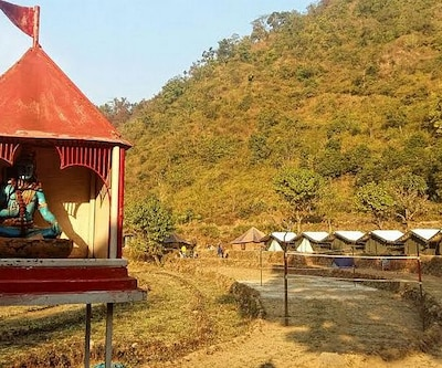 Weekend Island Camp,Rishikesh