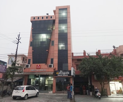 The Metro Pole Guest House,Haridwar