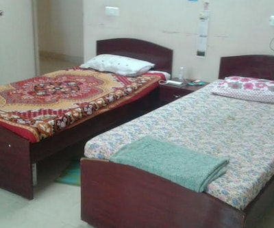 SLV Guest House,Hyderabad