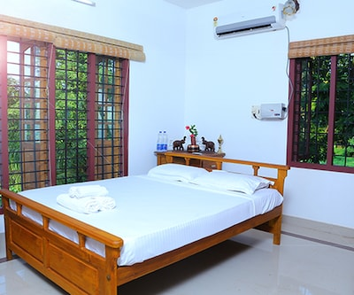 TG Stays Thannermukkom,Alleppey