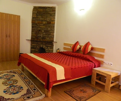 Rhodo Retreat And Resorts,Ranikhet
