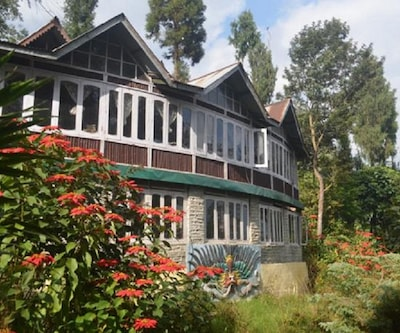 Zharna Waterfall Resort,Gangtok