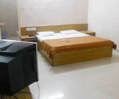 Hotel R.Inn Continental,Hyderabad