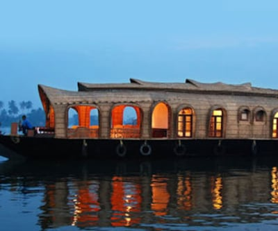 Southern Back Waters House Boat -1,Kollam