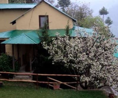 Hotel Col Retreat Cottage,Shimla