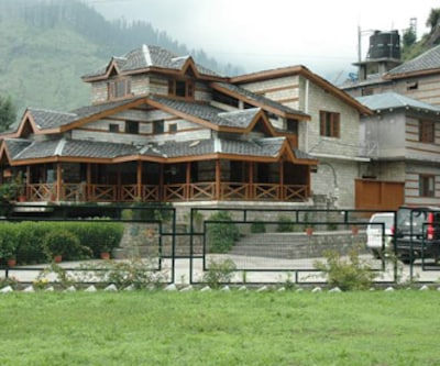 Whispering Rocks Resort,Manali