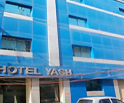 Hotel Yash, Charbagh,