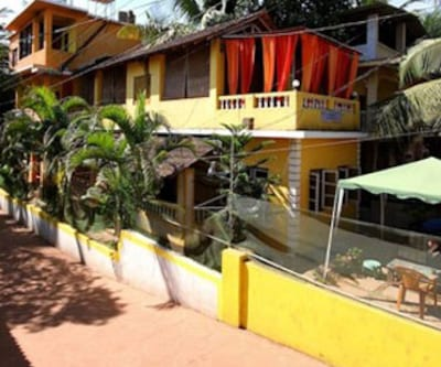 Yellow House Apartment,Goa