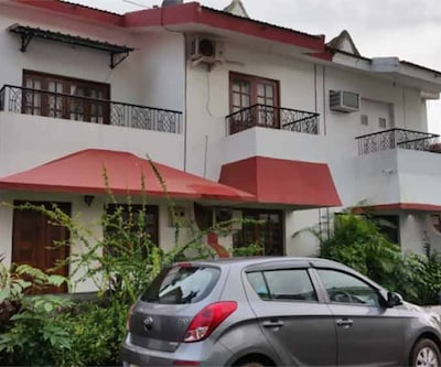 TG Stays Opposite Delfino's Candolim,Goa