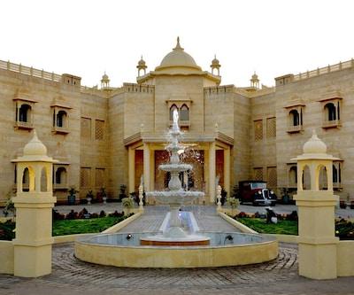 4 Star Hotels in Khajuraho, Room Starts @ ₹ 2499 – Hoteldekho