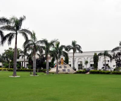 Hotel Goverdhan Palace,Mathura
