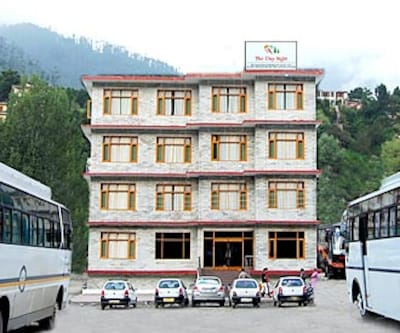 Hotel Day Night,Manali