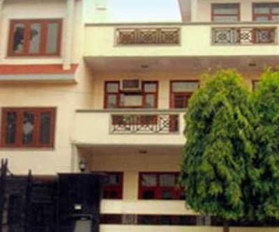 Divistha Guest House,Gurgaon