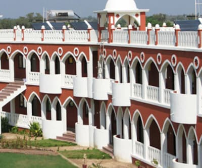 Aum Health Resort,Vadodara