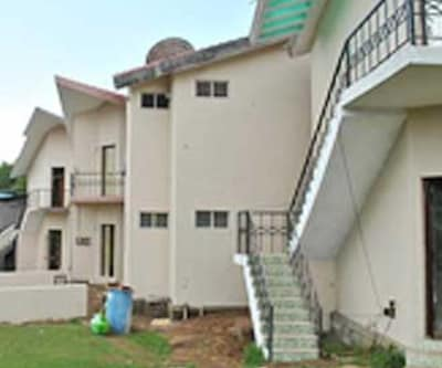 JCP Grand Inn,Kodaikanal