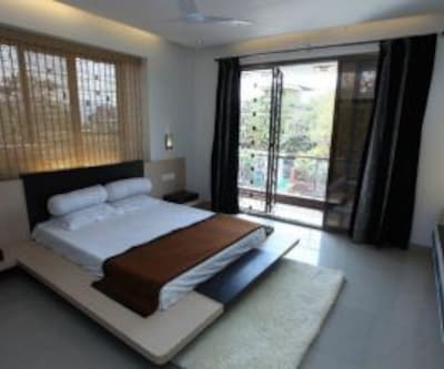 Omkara Bungalow 5 BHK Luxury,Lonavala