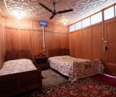 Marshal House Boat,Srinagar