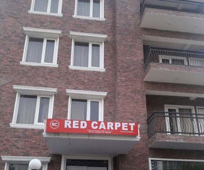 Red Carpet Hotels,Noida