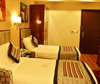 Hotel Downtown, Gujral Nagar,