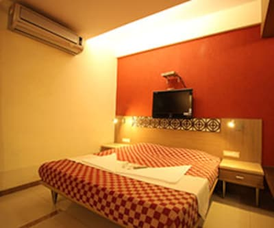 Hotel Singh's International, Khar,